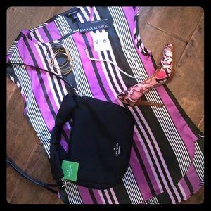 NWT Banana Republic size S blouse silky polyester